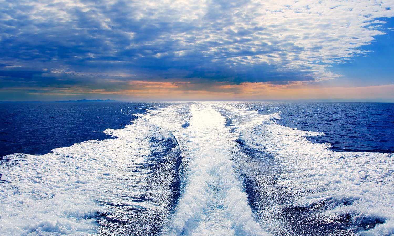 yacht rental dubai 44